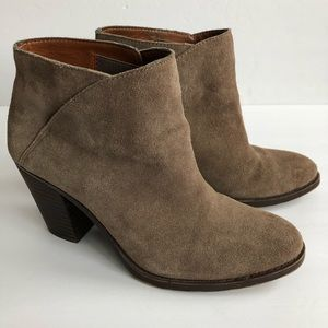 Lucky Brand Taupe Suede Ankle Bootie 6.5